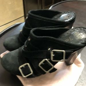 Juicy Couture Black Buckle Clogs